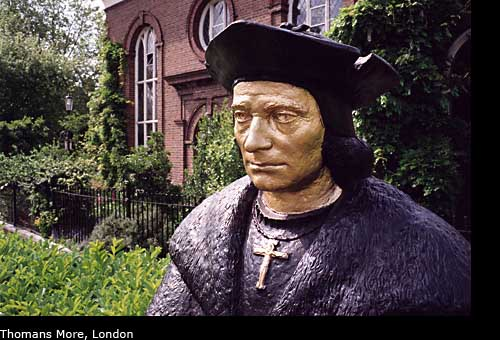 Statue of Thomas More, London, UK